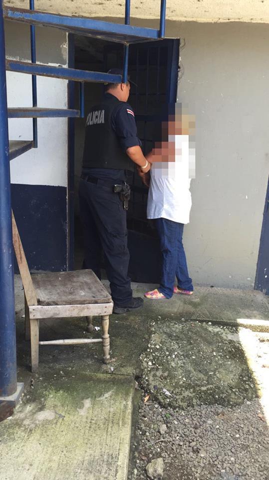 mujer detenida en filadelfia