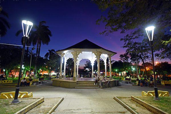 1-liberia-parque-central-2